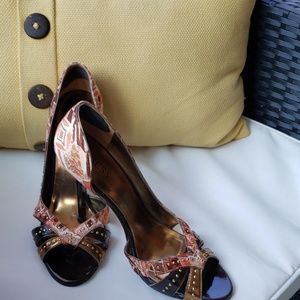 GUESS heels size 10